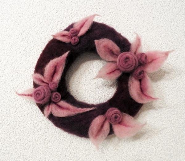 """Kranz """"Blumen"""" violett"""